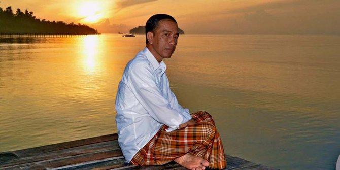 Jokowi Tak Pernah Ajak Umat Islam Sholat Ghaib, Umar Hasibuan: Semoga Ada yang Ingatkan Beliau Soal Ini