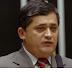 Em resposta a grupos pró-impeachment, líder do PT pede Natal com mais imposto
