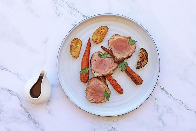 Συνταγή για Φιλέτο Μπούτι Αρνί με Καραμελωμένα Καρότα