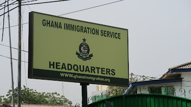 Ghana's Immigration is No Joke! But We Laughed!