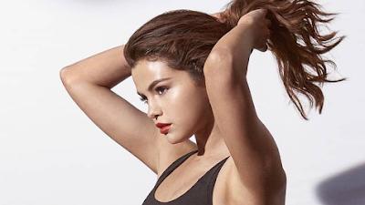 Selena estreia a coleção 'Amp XT' e 'DEFY Mid' da PUMA.