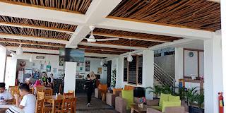 review kuliner, kuliner labuan bajo, rekomendasi kuliner halal labuan bajo, cafe sekaligus hotel di labuan bajo, la cecile hotel & cafe labuan bajo