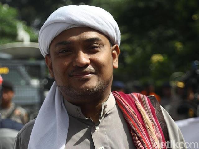 Jubir PA 212 Curiga Ada Pengkhianat Bisiki Prabowo