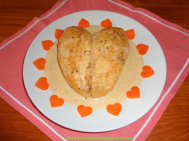http://recetasdemimadreymias.blogspot.com.es/2017/02/pechuga-de-pollo-en-salsa-de-nueces.html