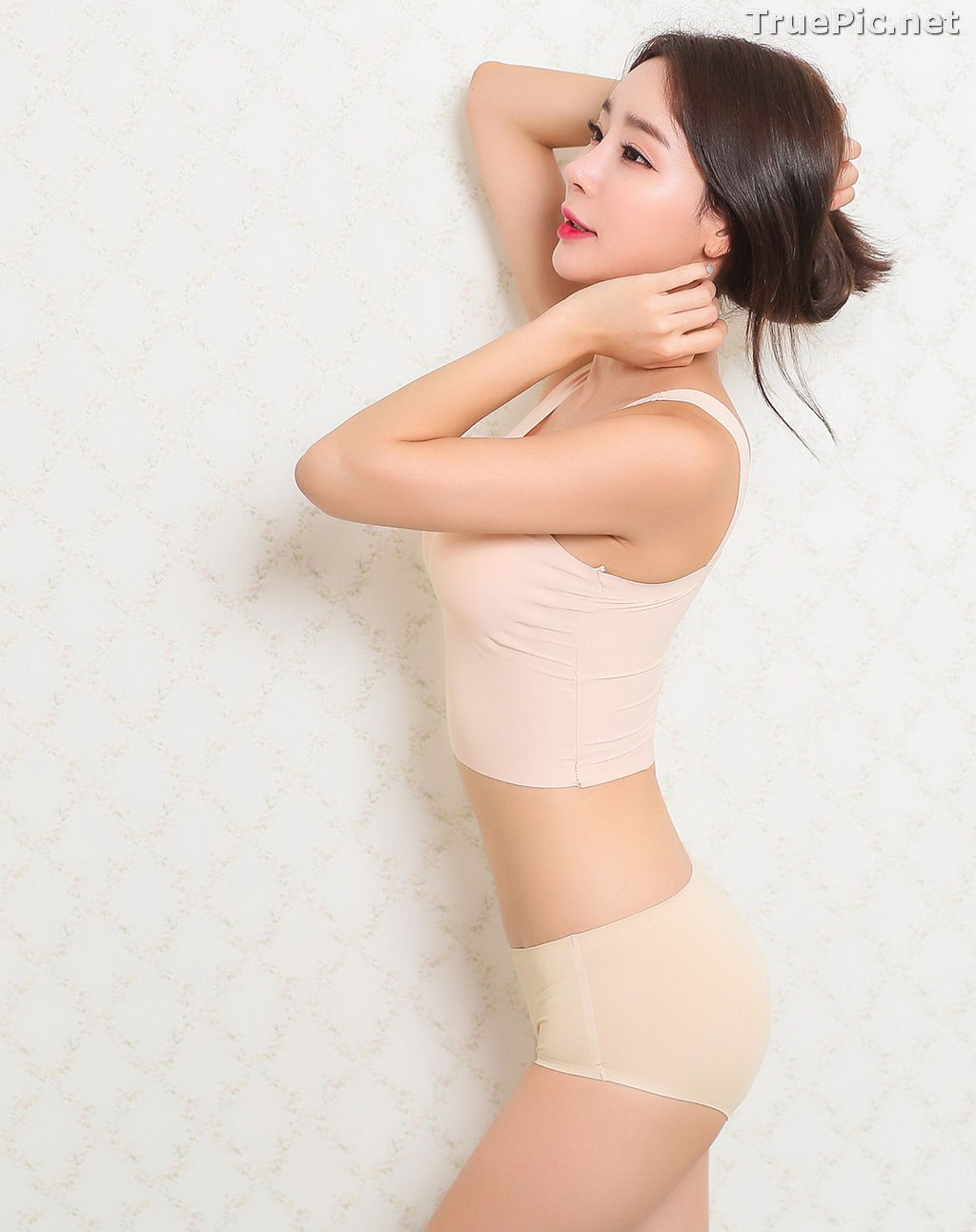 Image Hyun Kyung - Korean Fashion Model - Nude Color Undies - TruePic.net - Picture-1