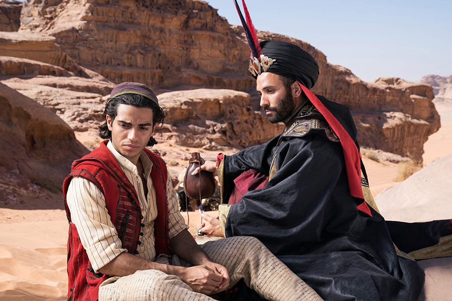 Aladdin, Will Smith, Mena Massoud, Naomi Scott, Marwan Kenzari, Nasim Pedrad,  Blue Genie, Flying carpet, Movie Review by Rawlins, Comedy, Fantasy, Rawlins GLAM