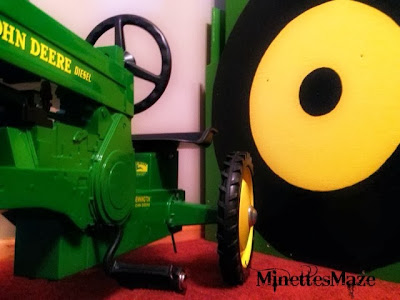 Boys John Deere Room Decor, perfect for your little farmer! She shows you how to paint a John Deere little boy bed! SO CUTE! Post found on https://ThisSillyGirlsLife.com
