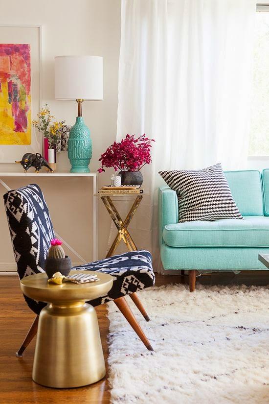 9 fotos de decoraci n de salas en color aguamarina for Mesas auxiliares para sala modernas