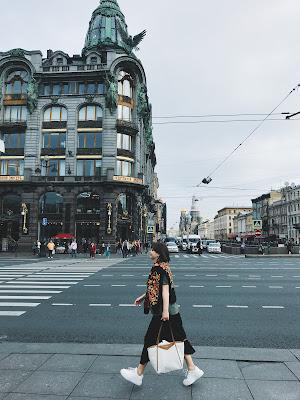 невский проспект 28 книжный магазин зингер