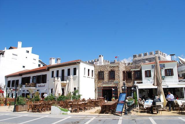 Кафе в центре Мармариса