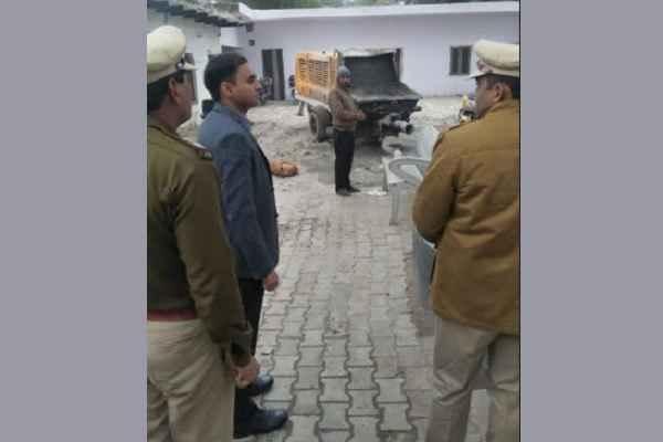 faridabad-dcp-central-lokendra-singh-visit-bhupani-thana-news