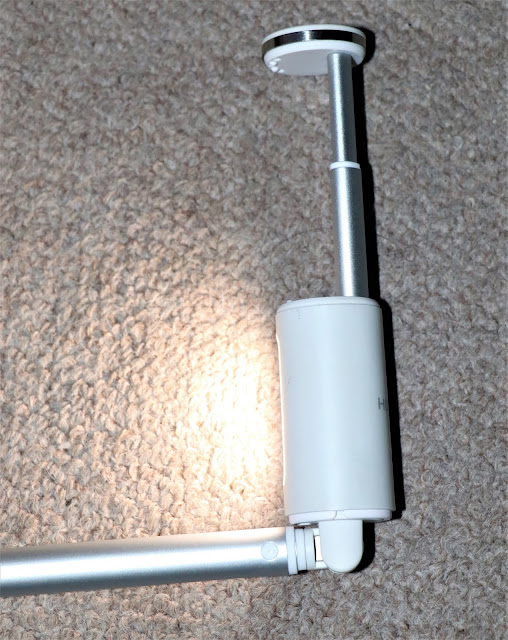 #TheLifesWayReviews #SelfieStick with LED Beauty Light #CF33 @HuaweiZA #ProductReview