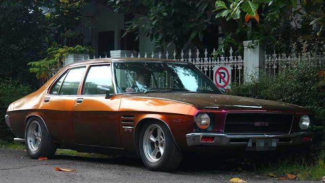 Holden HQ Monaro V8