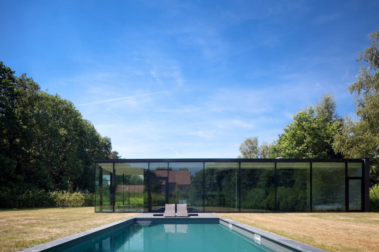 Ultra Modern Glass House Architecture | modern design by ... on Modern Glass Houses  id=45612