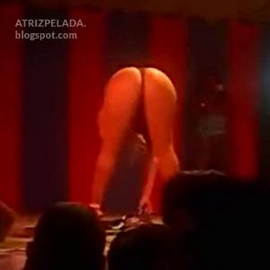 Rita Cadillac muito sensual na boate (video raro)