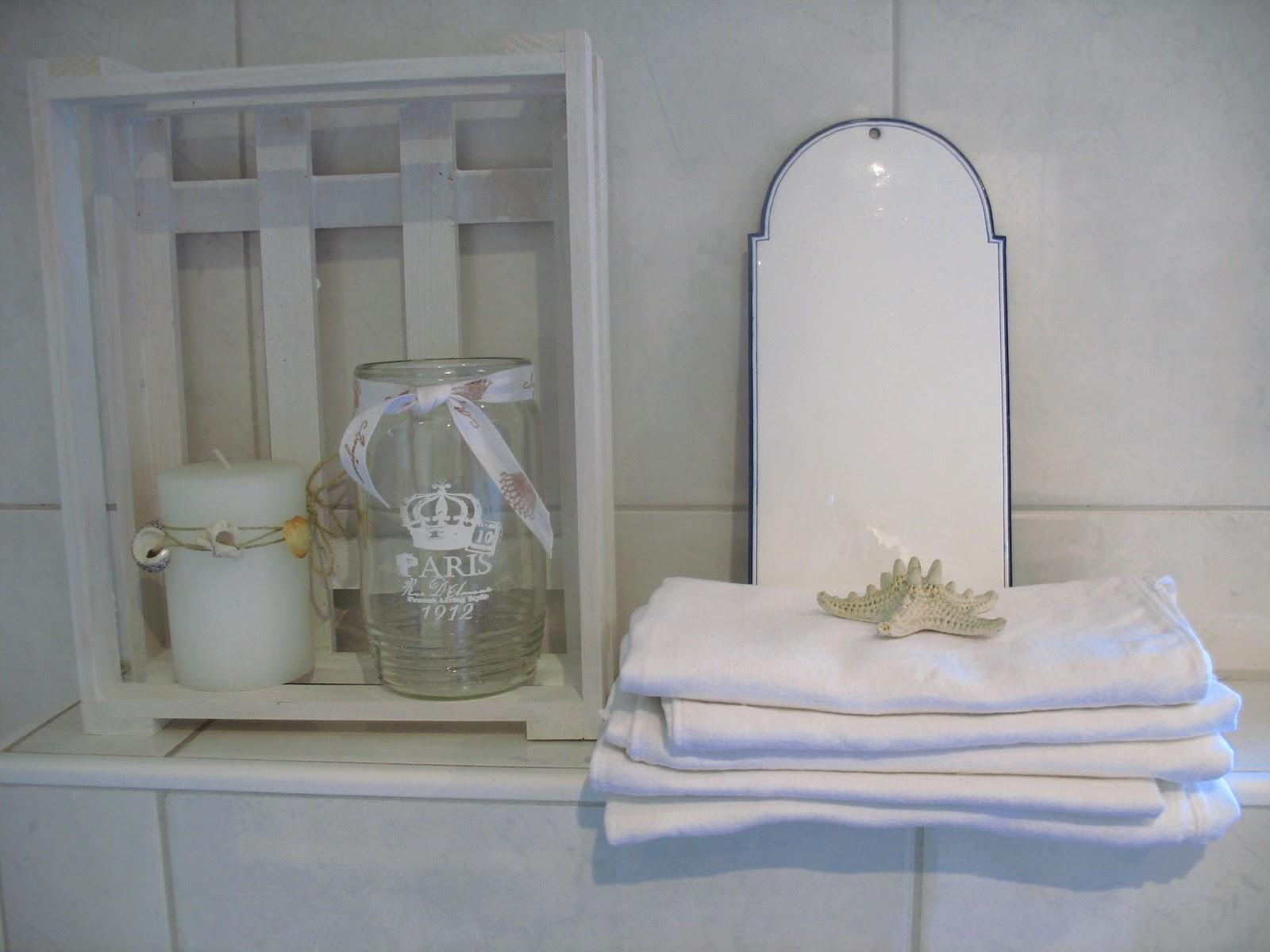 Badezimmer Spiegelschrank Shabby   Pin Von Marianne Weigl Auf Inside ...