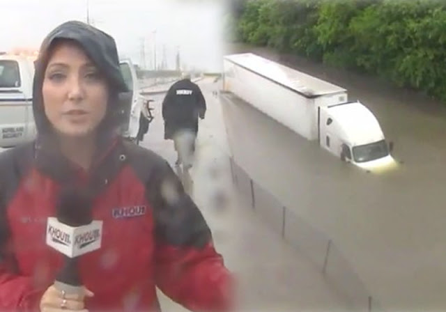 Repórter ao vivo salva homem preso em caminhão na enchente
