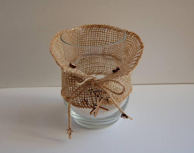 wazon zmieniony w jesienny świecznik
