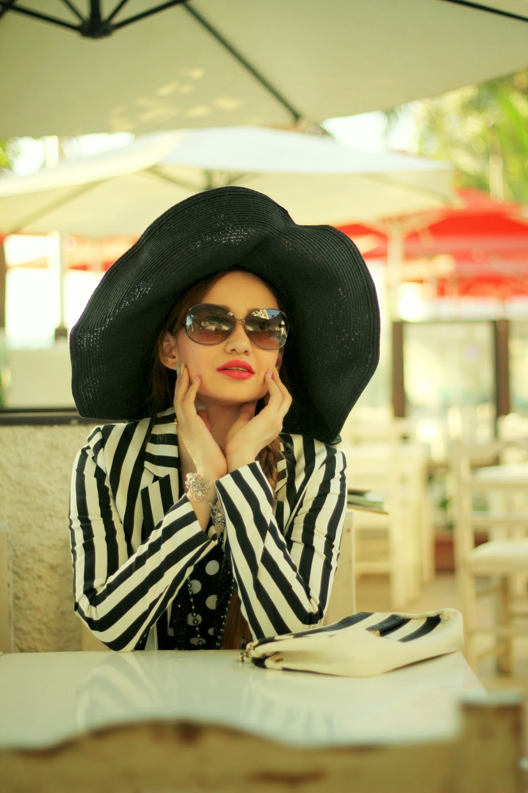 Spring Low with a Striped Blazer & a Sun Hat