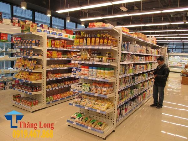 Điểm qua một vài kích thước kệ siêu thị phổ biến