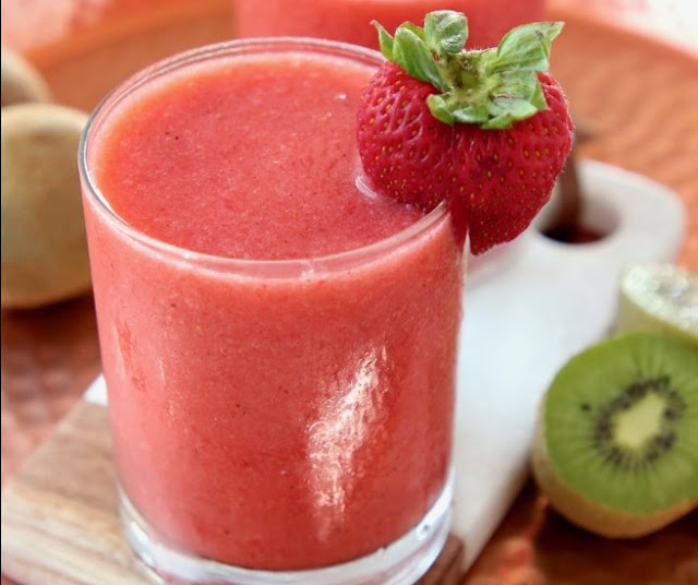 Strawberry Kiwi Smoothie #drinks #smoothies