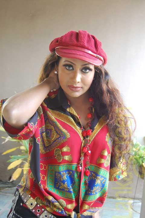 Sri Lankan Hot Models Shashi Hewage New Photos | Cultural