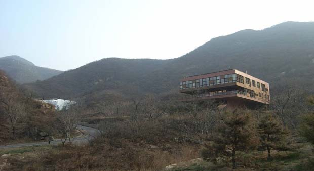"Twelve architects put their combined efforts and creativity to create the exceptional ""Commune by the Great Wall"" hotel, which will not upset you. There you will have the opportunity to decide on any of the forty separately designed lodges having 175 suites in total from forest house, which resembles a nest, airport house with a steam bath and bamboo wall etc."