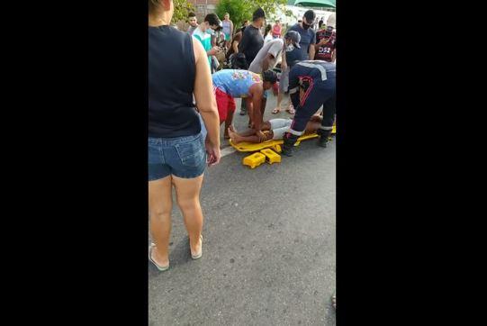Vídeo: Colisão entre motos, deixa uma mulher morta e um homem gravemente ferido, no sertão da PB