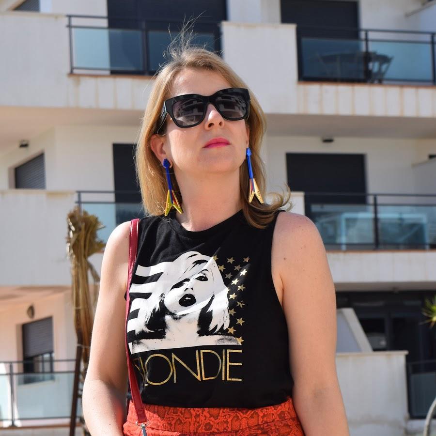 Different_rock_attitude_blondie_tshirt