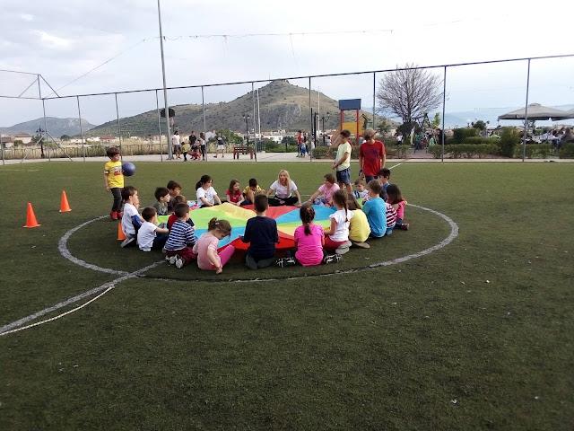 70 παιδιά όλων των ηλικιών διασκέδασαν παίζοντας στο πάρτι του Ναυτικού Ομίλου Ναυπλίου
