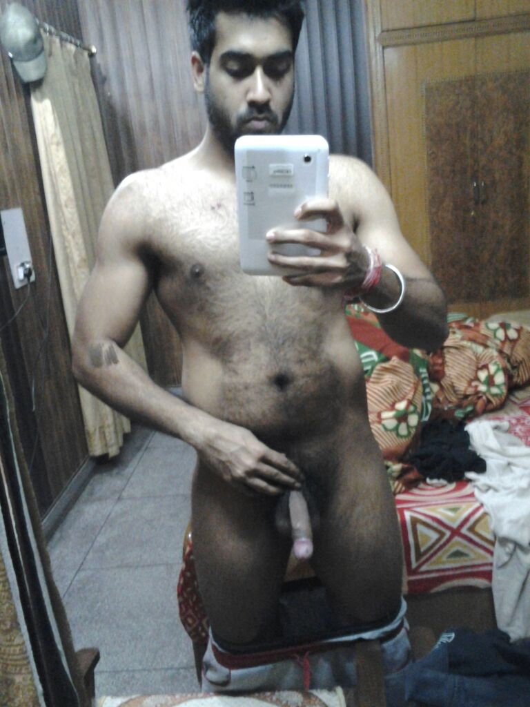 Desi Gay Desires De-Selfie Naked 4-9888