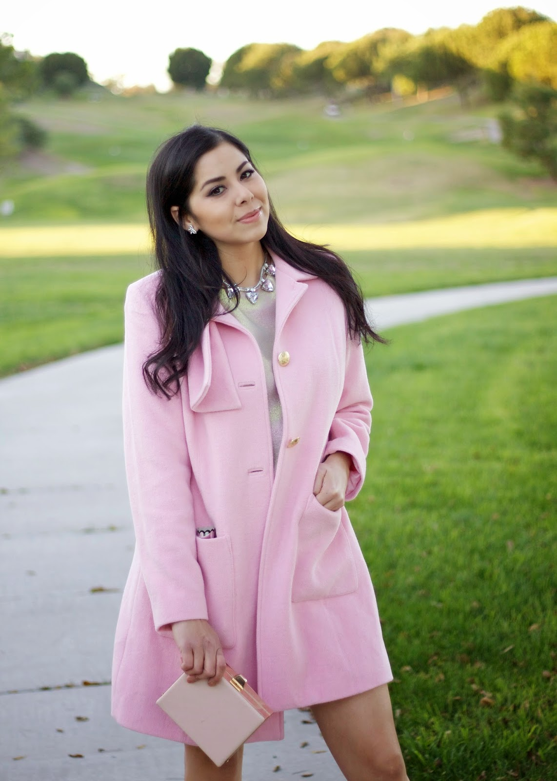 pink women trench coat, cabi pink trench, pink outfit