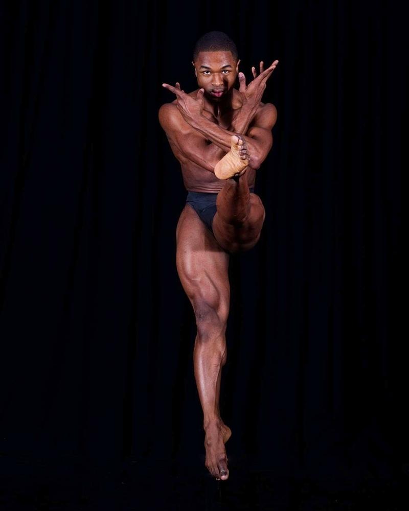 Dans rutinlerini bir hikaye çizgisinde canlandırmak
