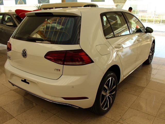 VW Golf 2018 Flex Automático