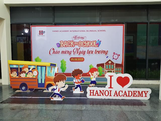 backdrop trang trí ngày khai trường