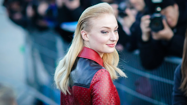 sophie turner photos download