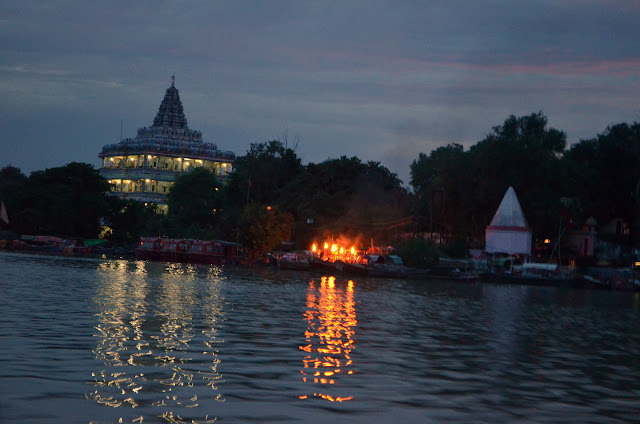 Shankar Viman Mandapam and Ganga Aarti at Prayag