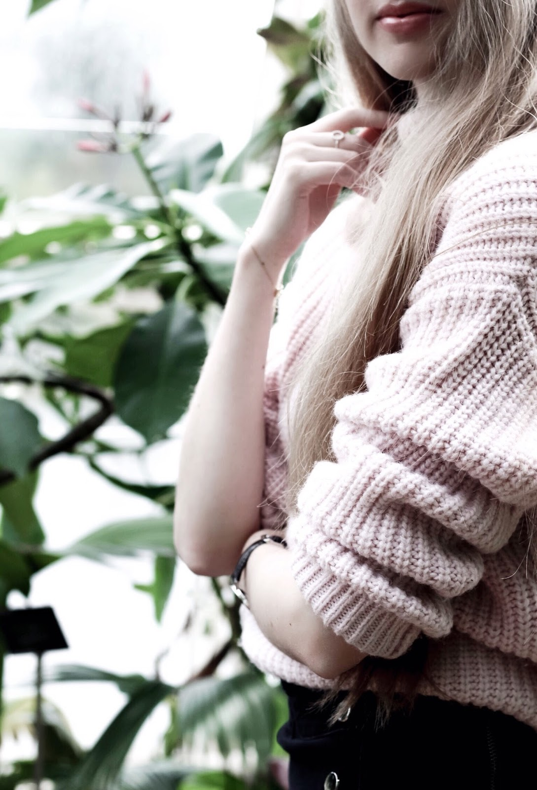 Blush Pink Chunky Knit Oversized Jumper Sleeve