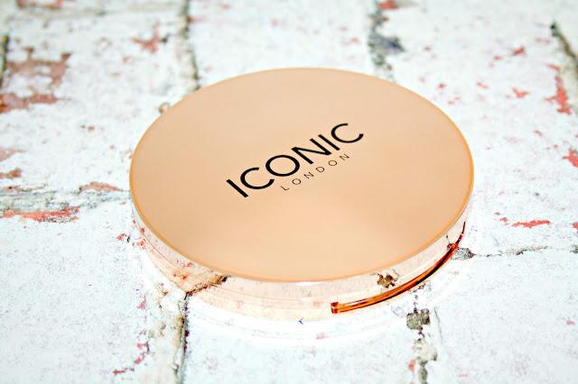 ICONIC London Luminous Compact Powder