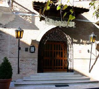The entrance to Bergonzi's restaurant in Busseto, I due Foscari
