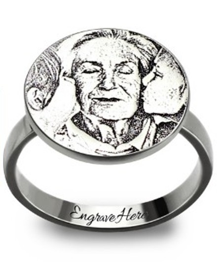 Personalized Photo-Engraved Disc Ring In Sterling Silver (Price: $ 55.95)