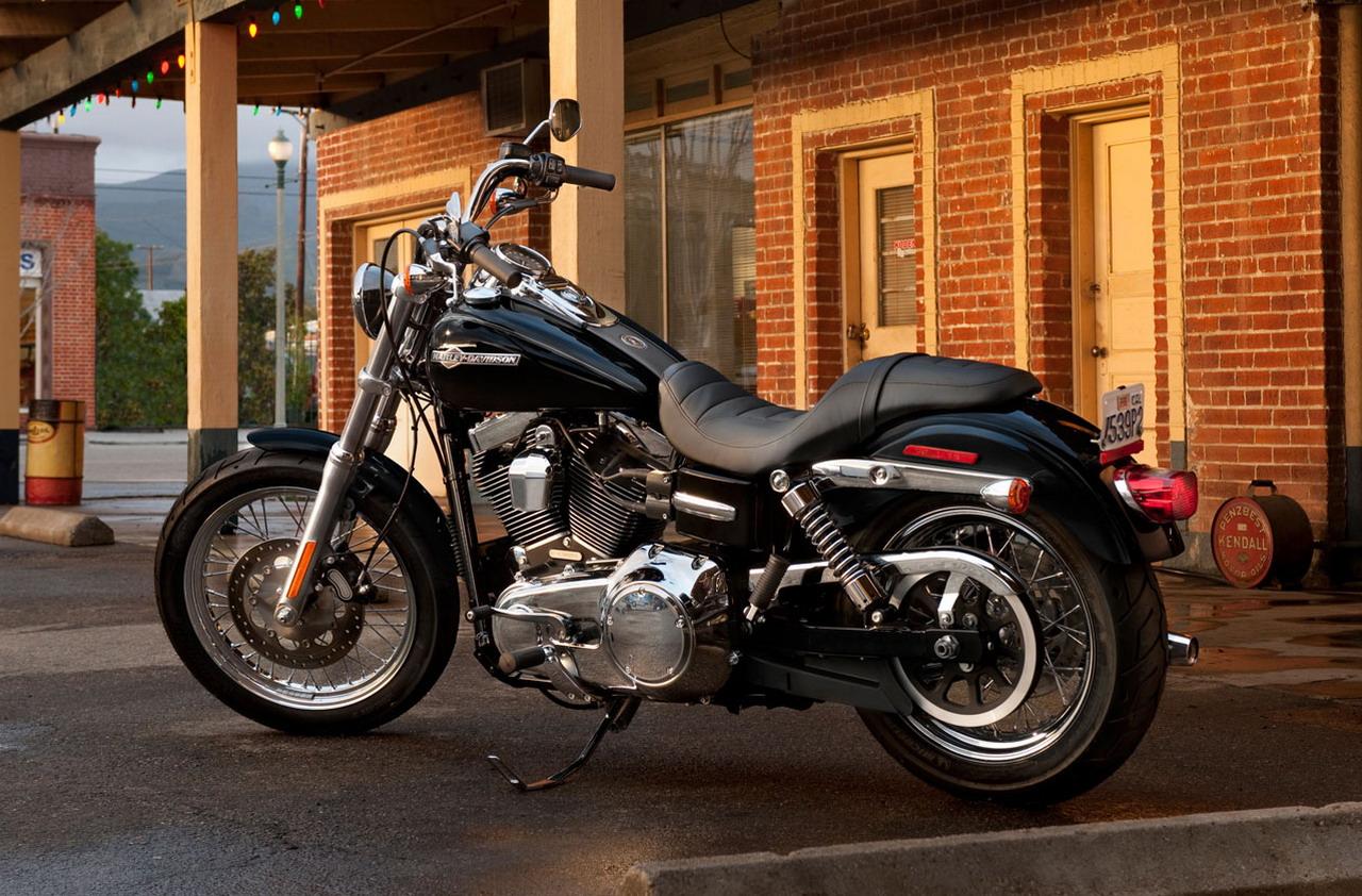 2014 Harley Davidson Dyna Super Glide Custom: 2012 Harley-Davidson FXDC Dyna Super Glide Custom