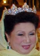 diamond tiara queen tengku anis kelantan raja perempuan malaysia