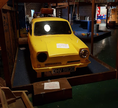 Reliant Regal Supervan at That Funky Golf Place in Birmingham