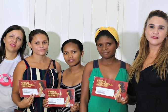 Gestantes recebem Cheque Cesta básica do Governo do Maranhão em Turilândia