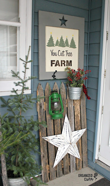 Stenciling Rustic Decor For Christmas Covered Patio #stencil #oldsignstencils #enamelware #galvanized #rusticChristmas