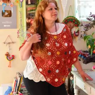 Poncho Rosetones a Crochet