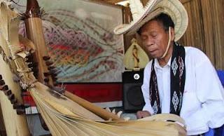 Sasando - Traditional musical instrument of indonesia-2