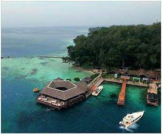 Paket Wisata Pulau Pelangi