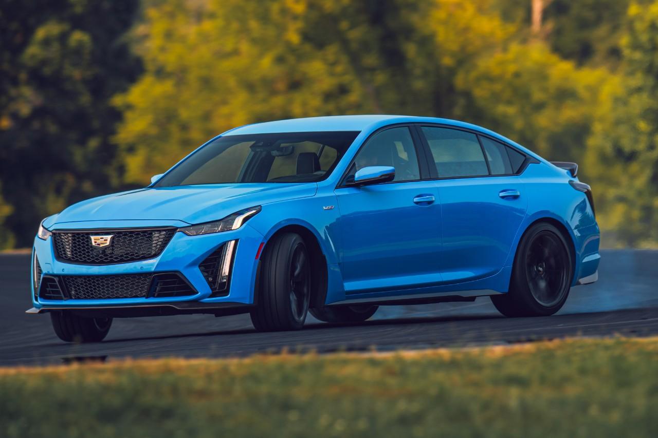 Cadillac-Blackwing-CT5 2022